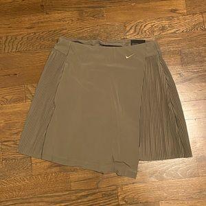 💚NWT: Nike Flex Green Tennis Skirt